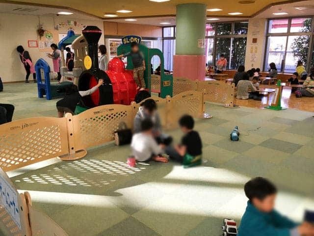 上尾市児童館こどもの城の広場
