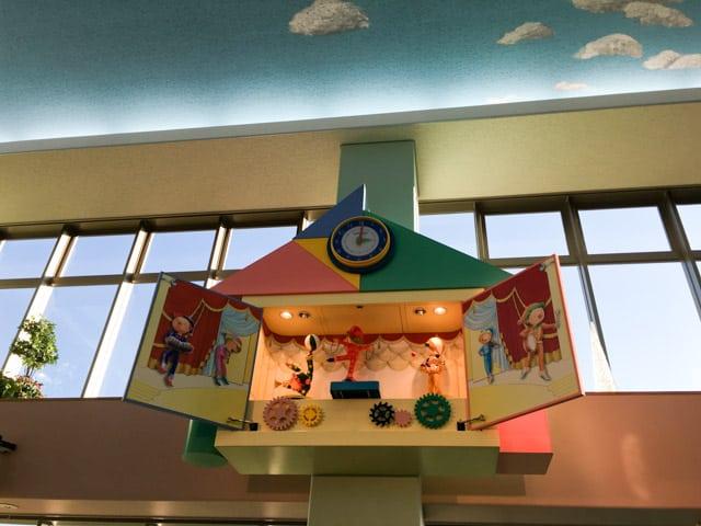 上尾市児童館こどもの城からくり時計