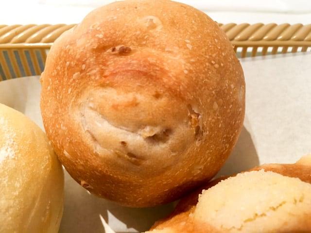パーネデリシアくまがやコーンパン