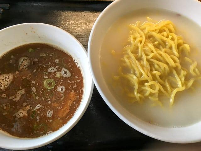 純天然だしの無化調スープ。行田「くりやらーめん」かまあげつけ麺&みそ玉らーめん