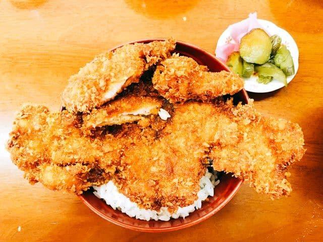 渋川「ニコニコ亭」で行列必須のソースカツ丼
