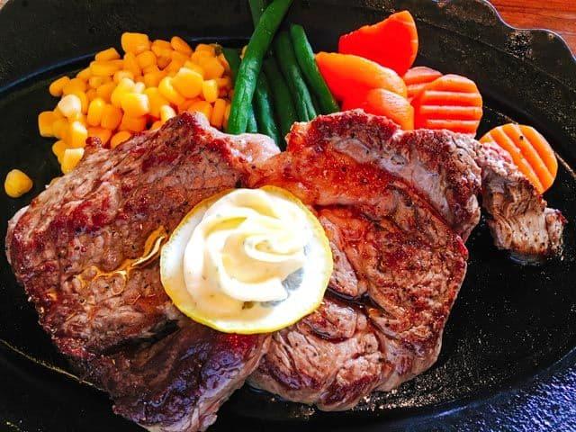 熊谷・レストラン高原10ドルステーキセット肉