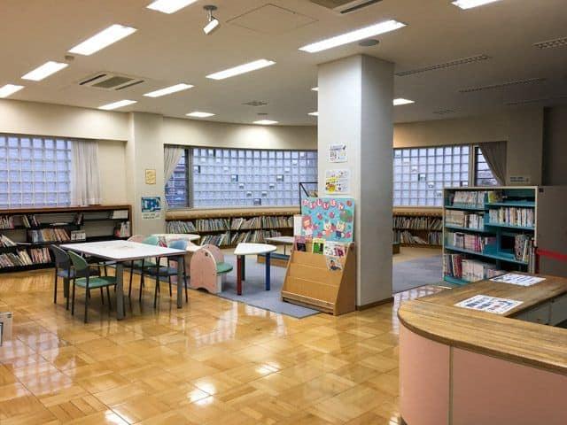上尾市アッピーランドの図書室