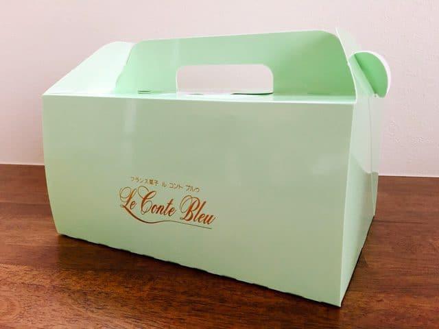 ル コント ブルゥ箱田本店のケーキ箱