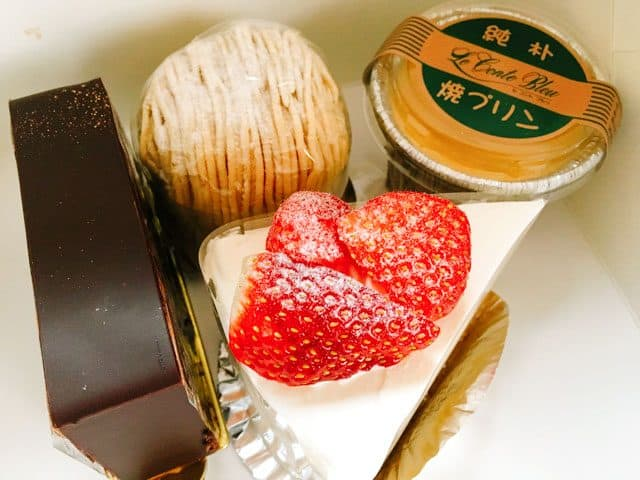 ル コント ブルゥ箱田本店で購入したケーキ