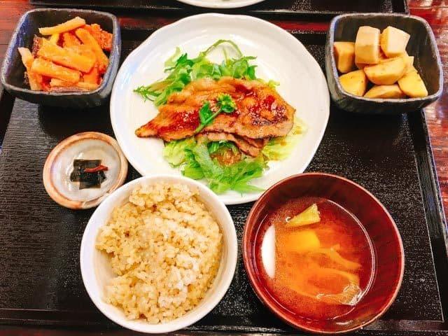熊谷・のうカフェむさし麦豚のしょうが焼き