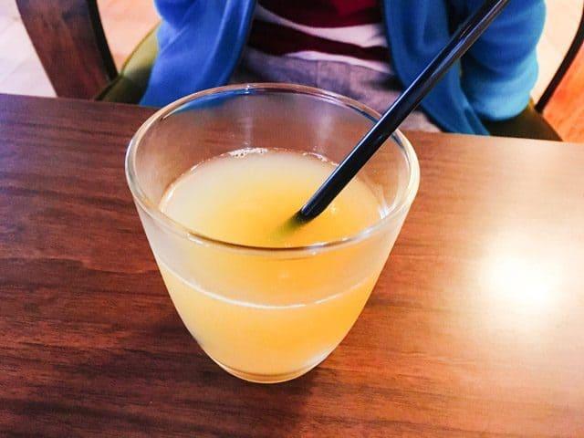 熊谷・妻沼ワイズカフェのアップルジュース