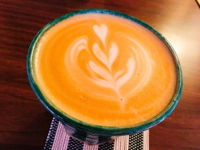 熊谷・妻沼ワイズカフェのカフェラテ