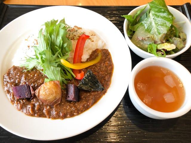 熊谷・パブリックダイナーごろっと野菜のキーマカレー