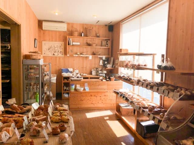 熊谷 パン屋小麦の丘店内