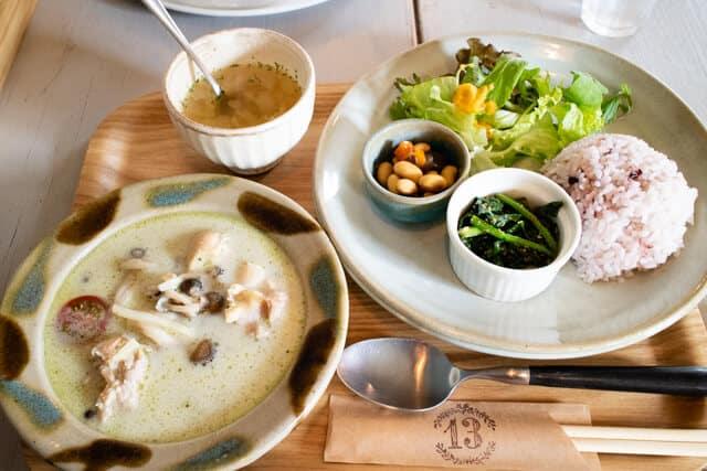 東松山13食堂 ランチグリーンカレー