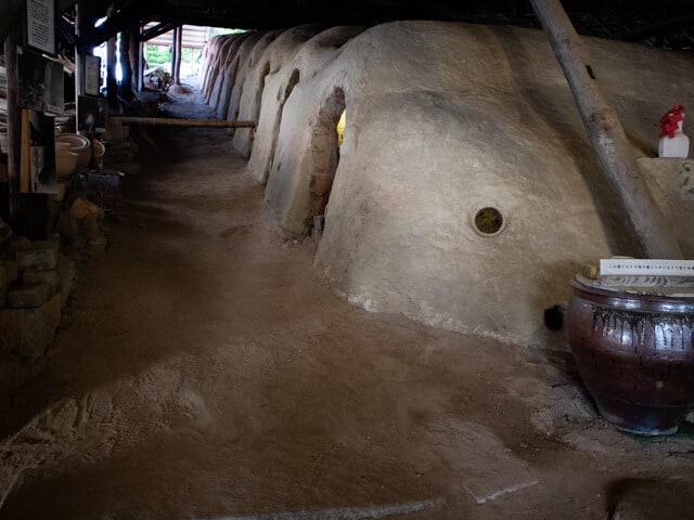 益子陶器市 窯の斜面