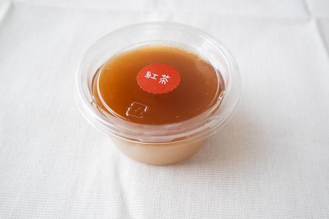 四季菓りょう紅茶の葛ぷりん