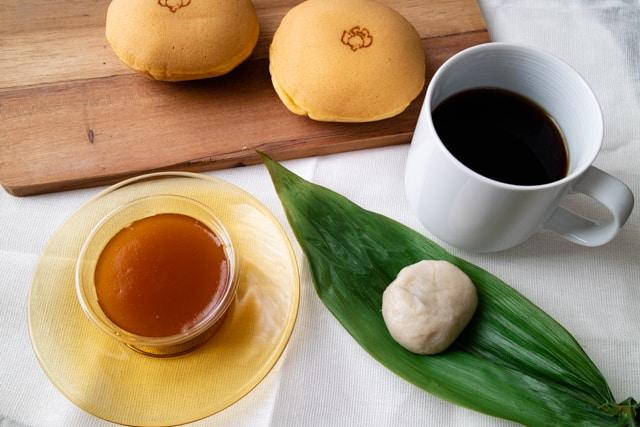 四季菓りょうの和菓子とコーヒー