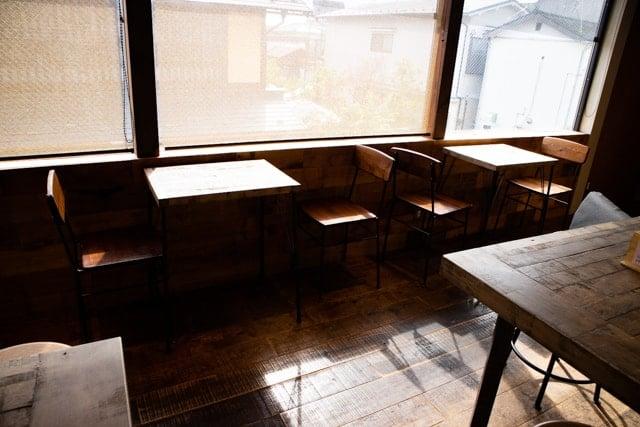 川越・サンドイッチパーラー楽楽の2階イートイン