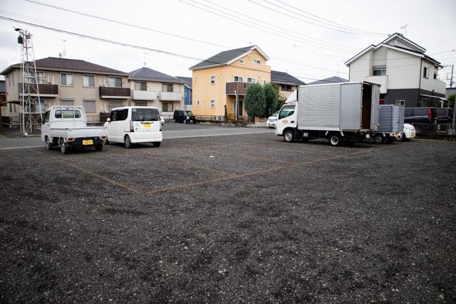 菊寿童のカフェザシェードツリー駐車場