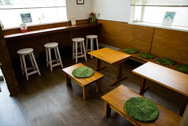 熊谷ヒキカフェのカウンター席