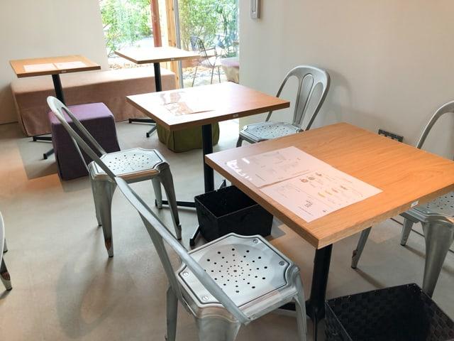 菊寿童のカフェザシェードツリー客席