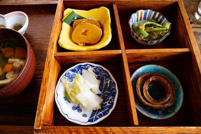 川越 ライトニングカフェ ランチ 酵素玄米の松花堂弁当3