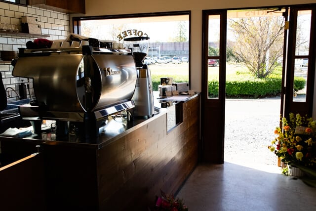 熊谷 COFFEE TRIPSコーヒートリップス 店内