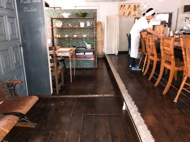 川越 ライトニングカフェ 店内