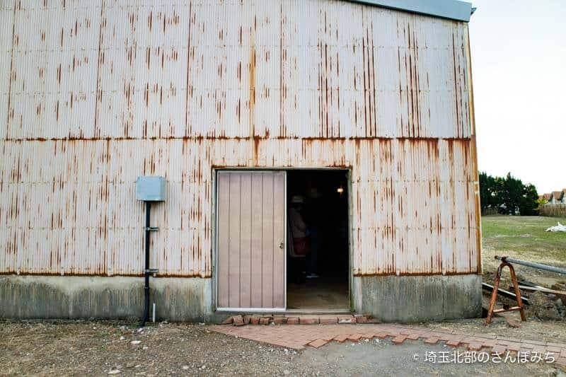 旧煉瓦製造施設ホフマン輪窯6号窯への入口