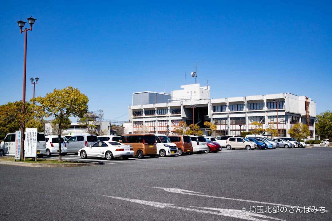 行田バスターミナル駐車場