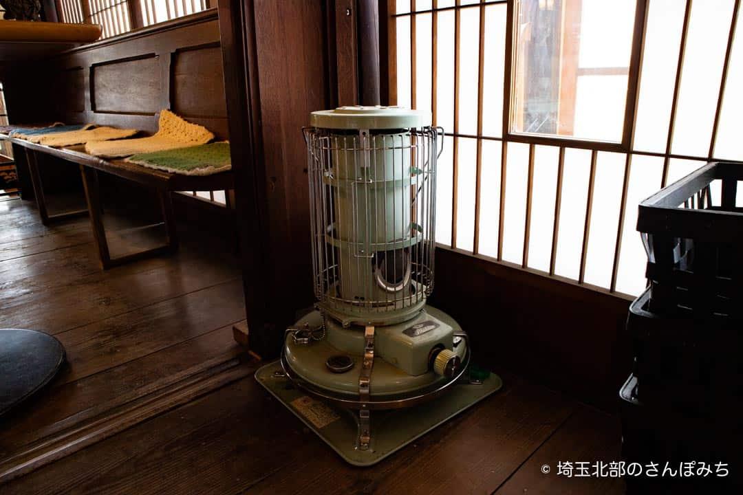 小川町わらしべアラジンのストーブ