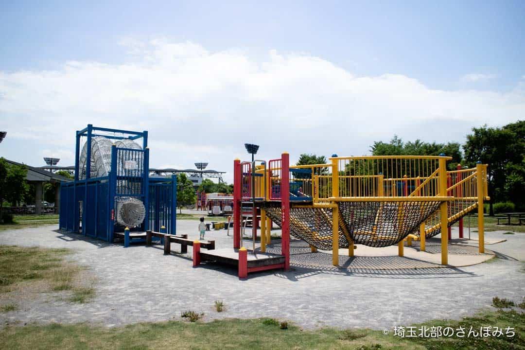 熊谷スポーツ文化公園小学生向け遊具