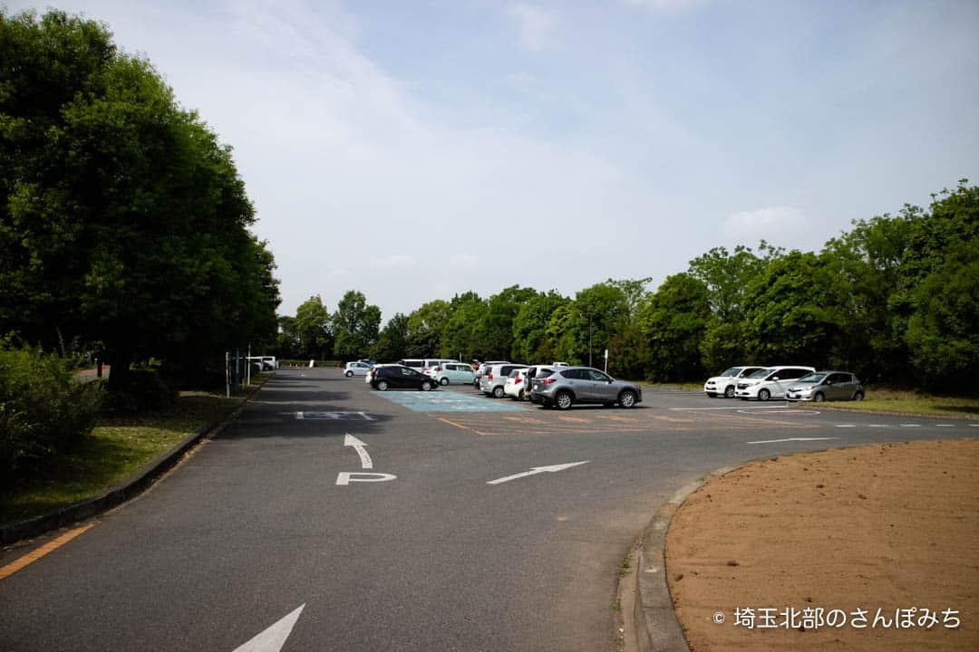 熊谷ラグビー場駐車場