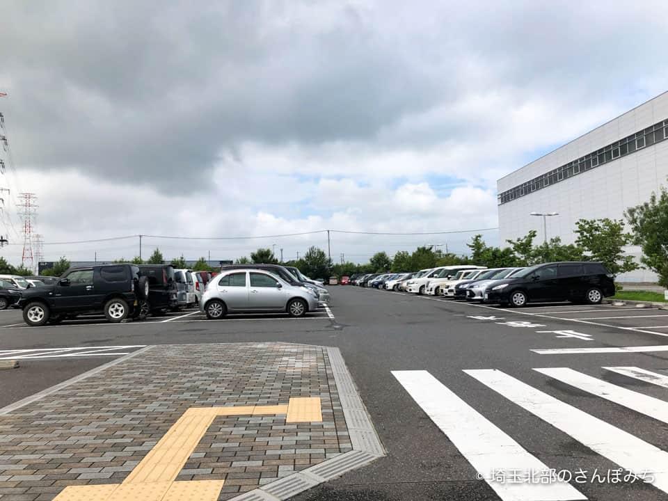 川島パスコ埼玉工場駐車場
