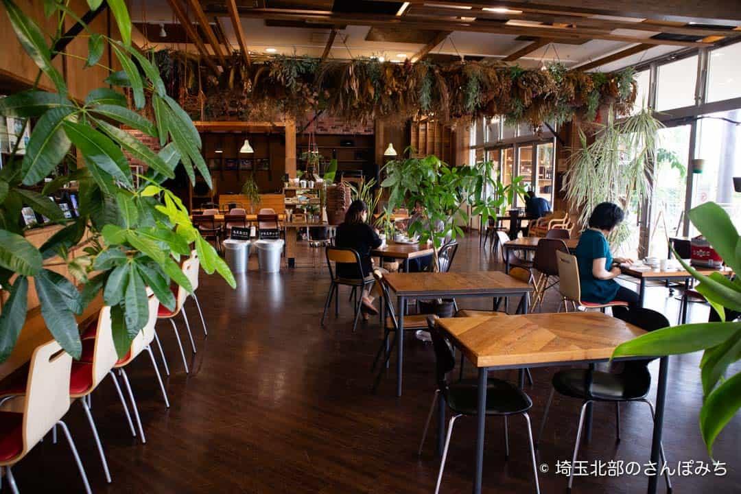 つつじが岡公園SUGAR HILL CAFEの客席