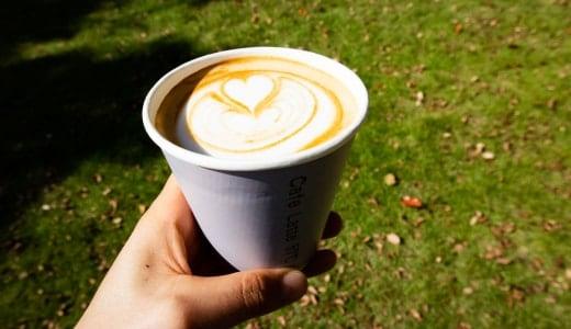 コーヒーと日常2019Cafe Latte 57℃のカフェラテ