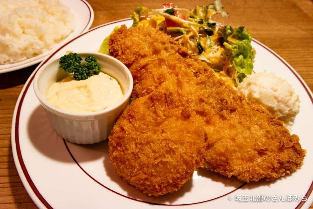 熊谷レストラン高原のサーモンフライとカニクリームコロッケ