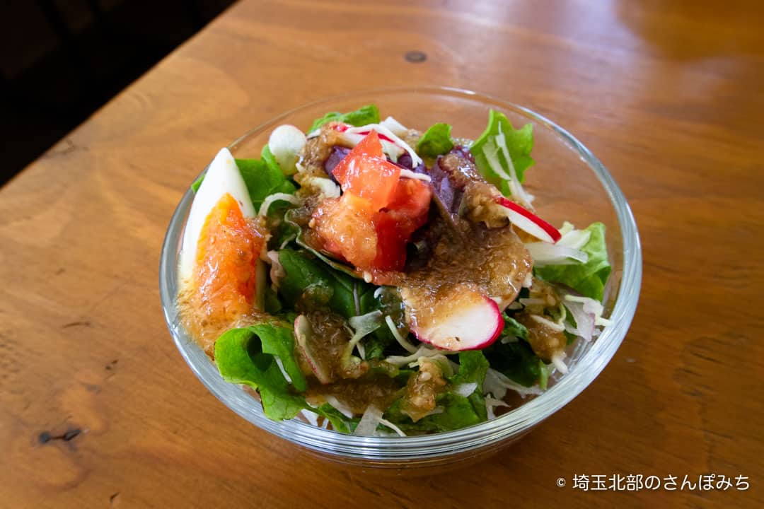 熊谷ヒキカフェランチのサラダ