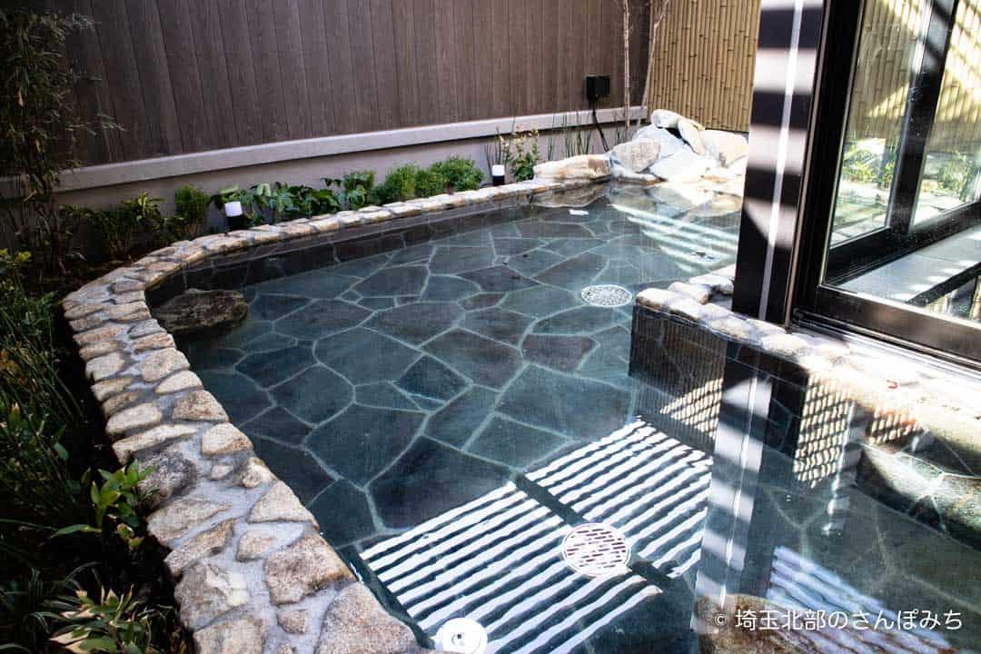 森林ホテルの大浴場(男湯)露天風呂