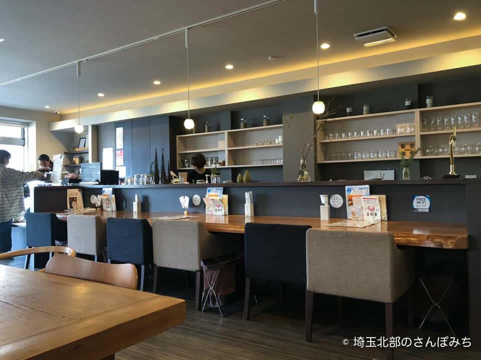 大慶堂ネオガーデンカフェの店内