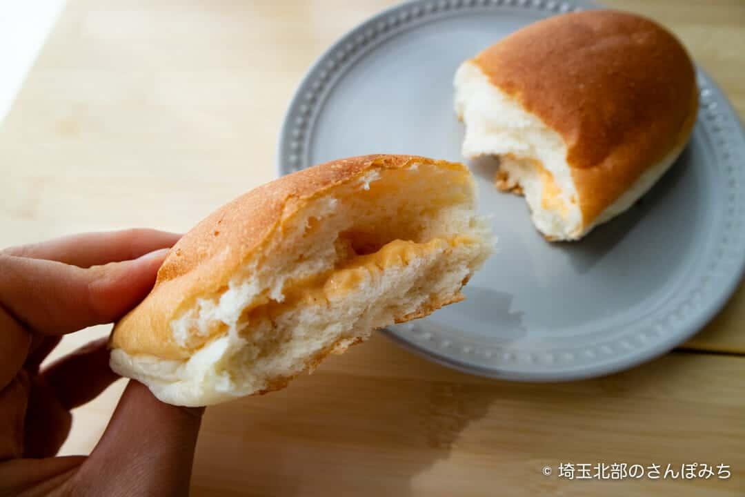 深谷・菊寿堂の酒種コッペクリーム