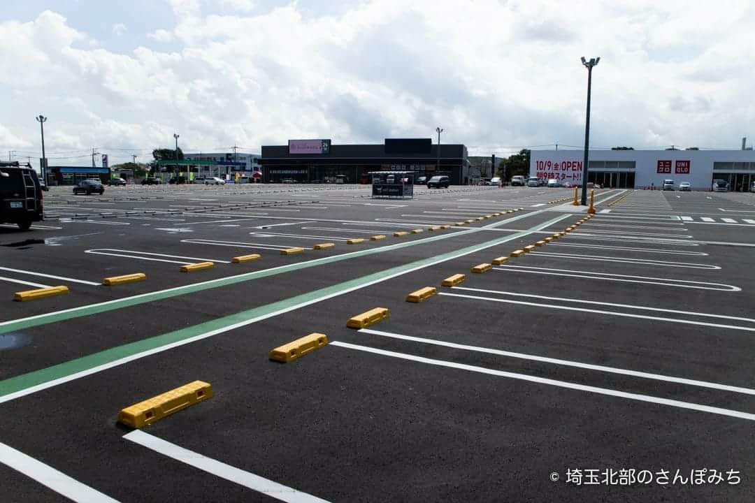カインズモール羽生の駐車場