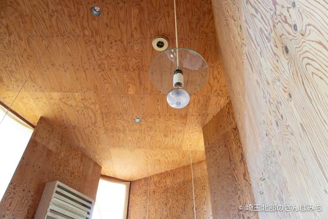 深谷・黒んぼ食堂の天井