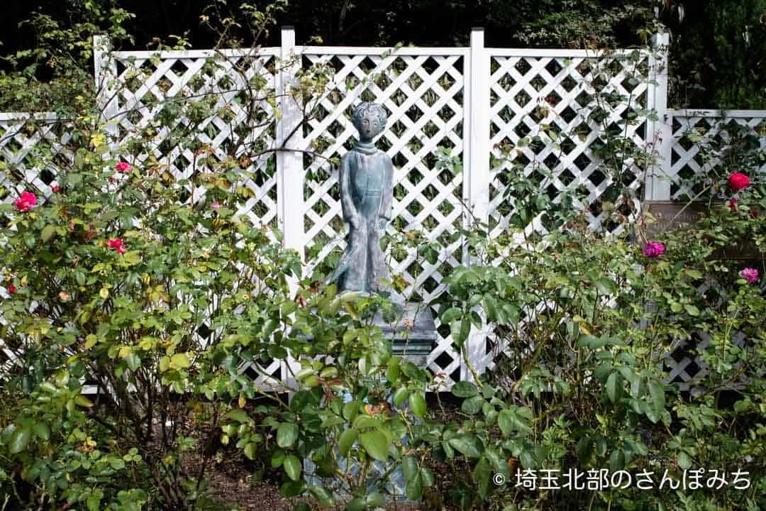 寄居PA(上り)星の王子さまの像