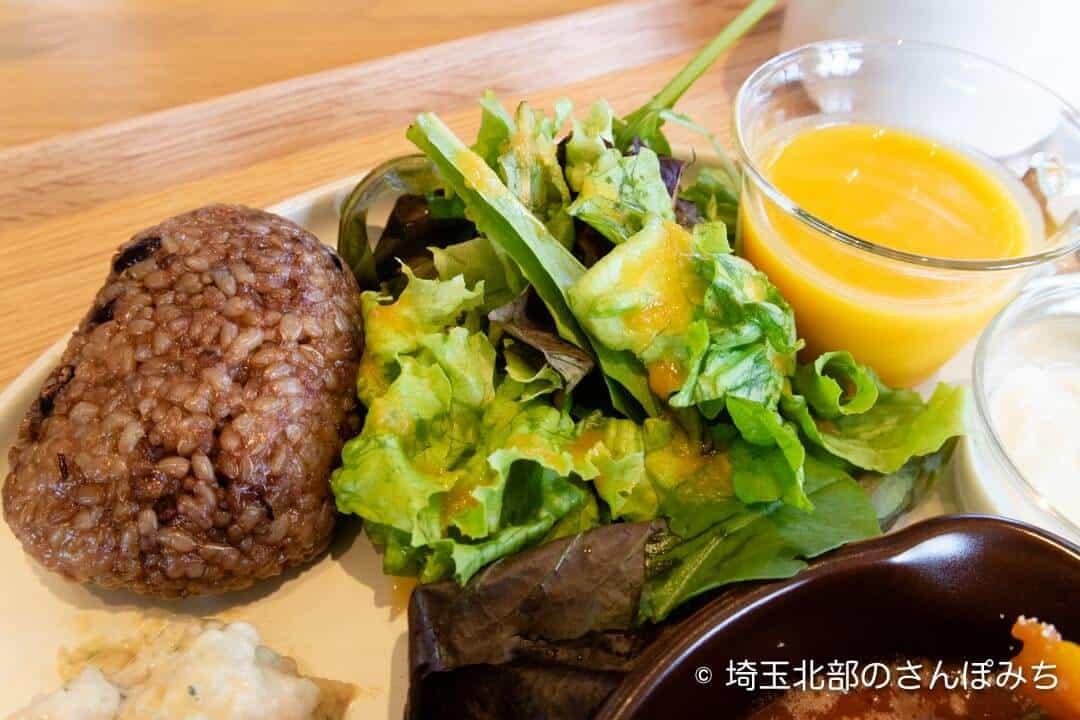 飯能・発酵のOH!!!ランチの玄米おにぎり
