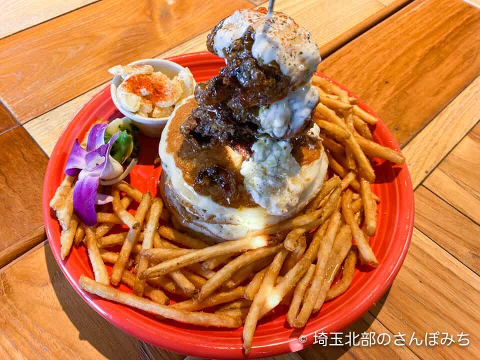 コナズ珈琲ハニーマスタードチキンパンケーキ