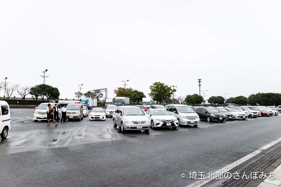 上里SA(下り)駐車場