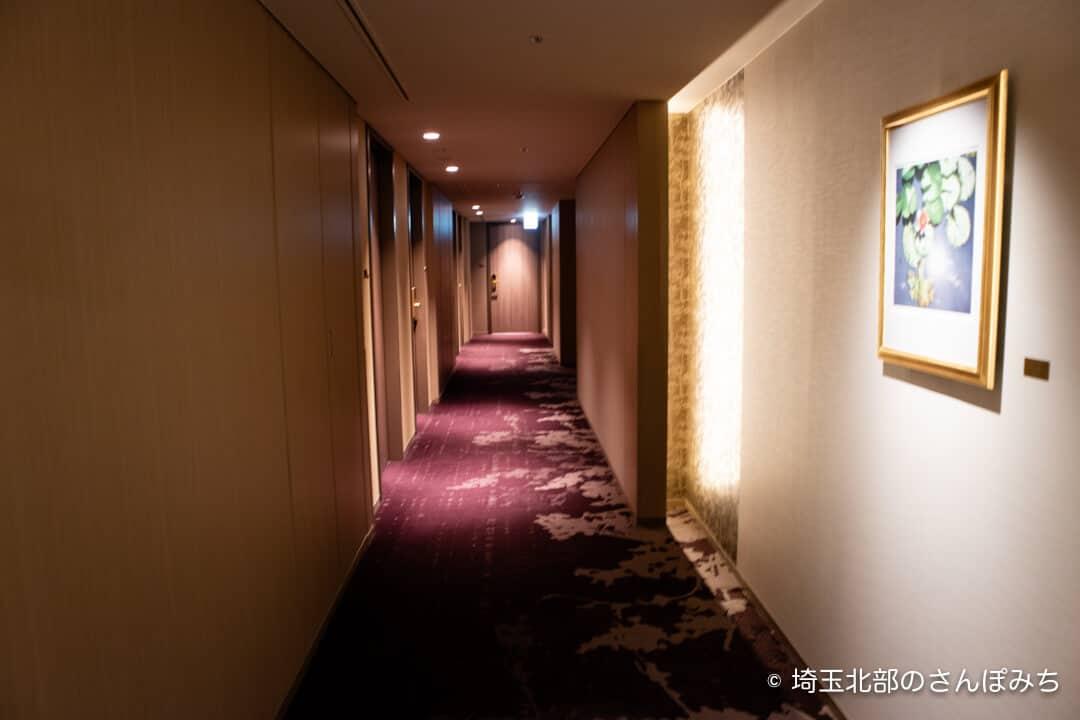 ホテルメトロポリタンさいたま新都心の客室廊下