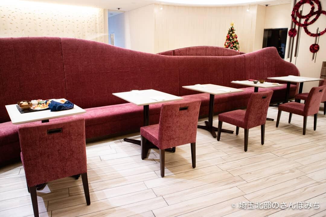ホテルメトロポリタンさいたま新都心カフェ客席