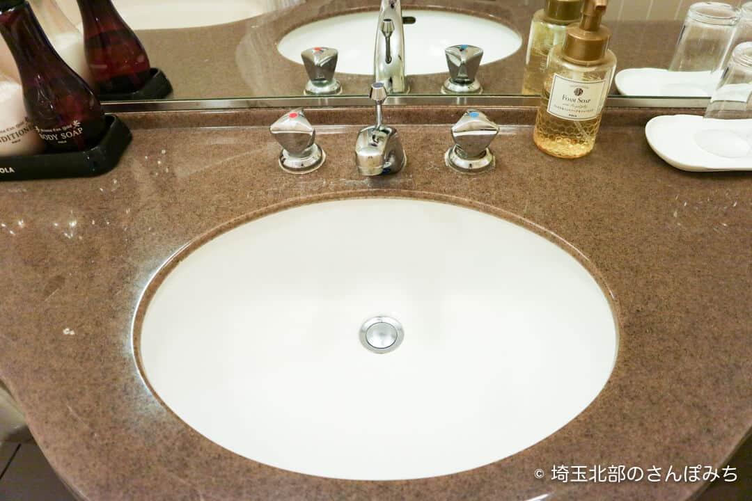 ロイヤルパインズホテル浦和・客室の洗面台
