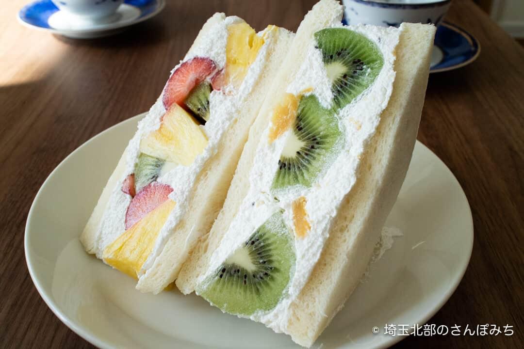 北本・パンはむフルーツサンド種類
