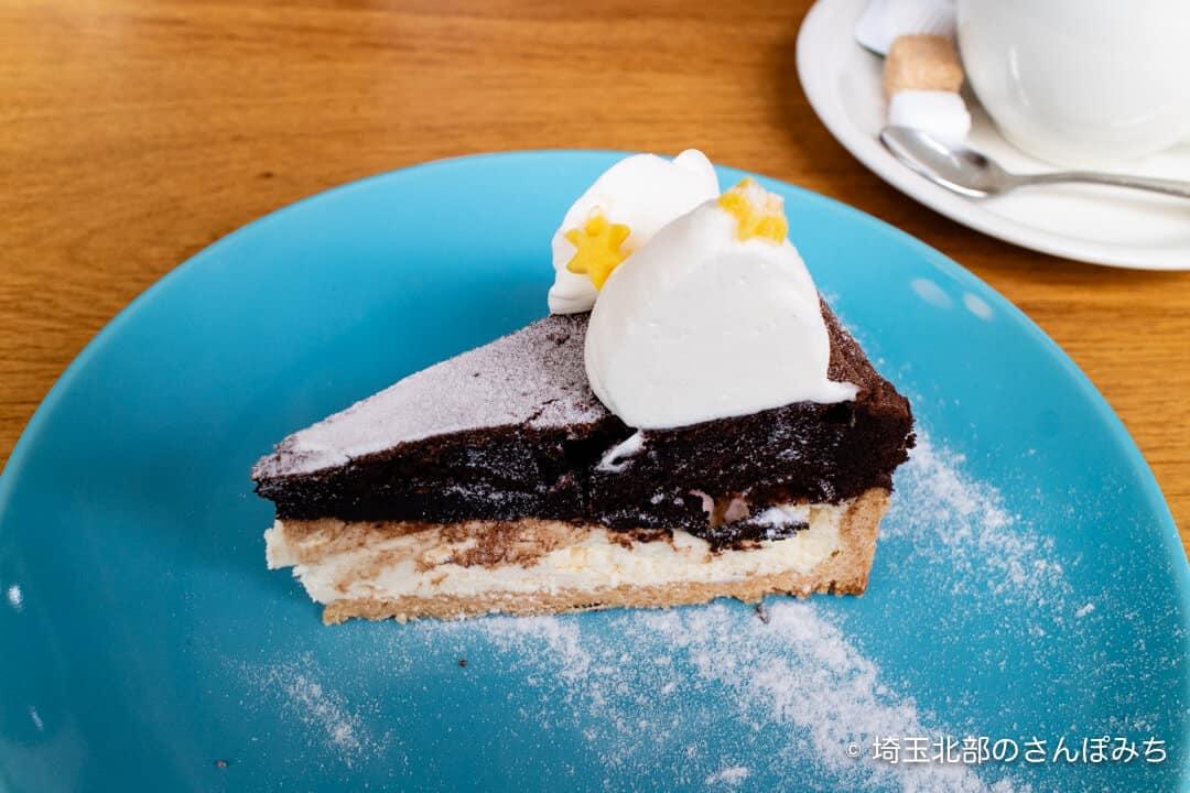 鴻巣・アドマーニ・デザートのケーキ