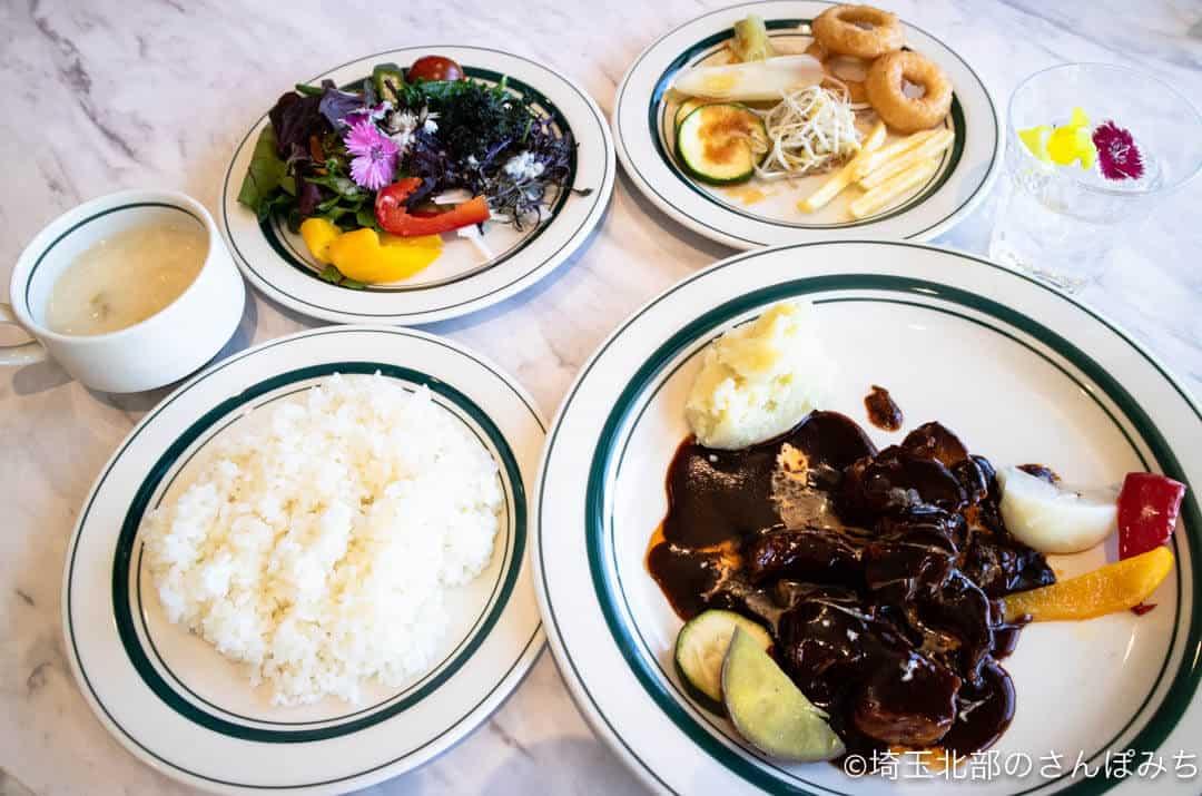 深谷・道の駅おかべNOLAの食事セット